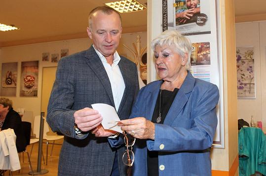 Karel Voříšek s Kamilou Moučkovou