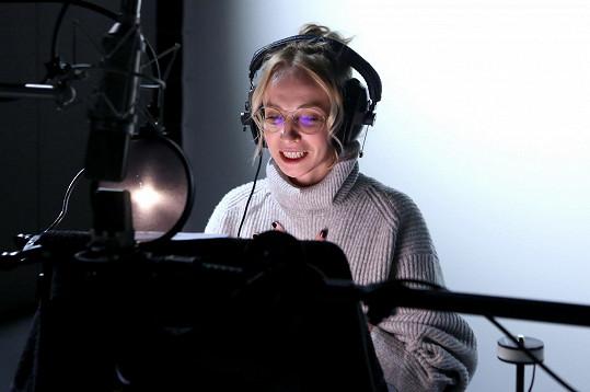 Jana Plodková se také pustila do zpěvu.