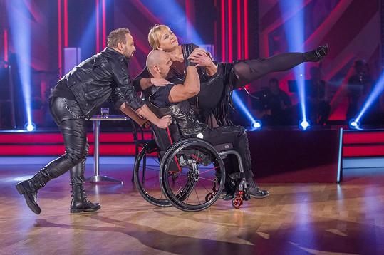 Obdivovali tance hvězd StarDance s vozíčkáři.