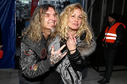 Ve filmu Muzzikanti o rockerech si Martina zahrála, a tak si nenechala ujít ani koncert.