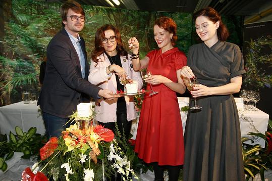 Herečky Andrea Růžičková, Dana Morávková a Klára Issová otevřely speciální vzdělávací projekt Vonná stezka a uvedly limitovanou edici parfému Fata Morgana No. 1.