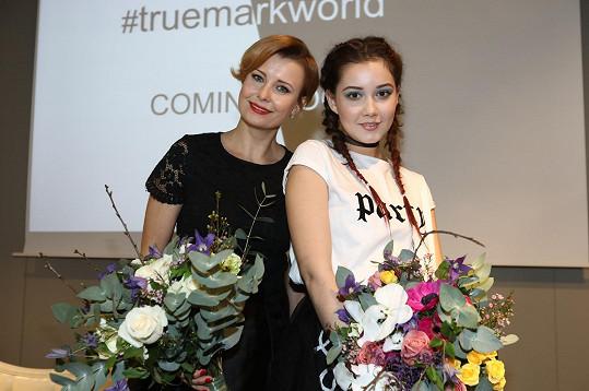 Herečky Jitka Schneiderová a Sabina Rojková byly představeny jako tváře kosmetické značky.