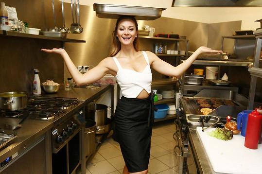 Z herečky kuchařkou