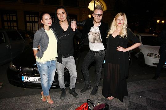 Na večírek dorazily i Veronika Arichteva a Nikol Štíbrová.