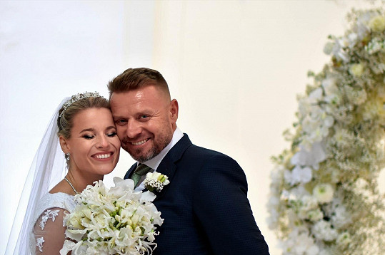 V říjnu se vzali.