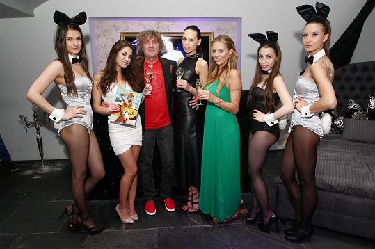 Martina pokřtila s modelkou Kateřinou Votavovou nové číslo pánského časopisu.