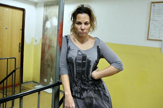 Michaela Nosková si v Modrém kódu zahrála nelichotivou roli nezodpovědné matky.