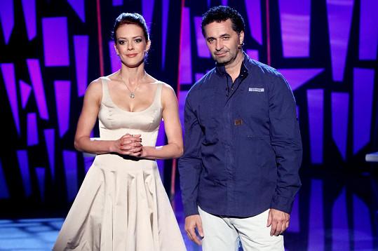 Andrea si premiéru v roli moderátorky odbyla s Martinem Dejdarem po boku.