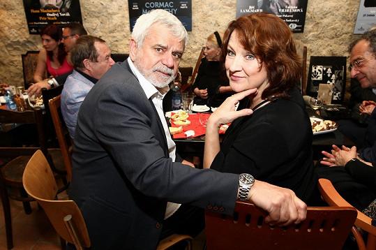 Nebo Zlata Adamovská a Petr Štěpánek
