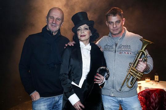 Lucie Bílá s Ondřejem Soukupem a Filipem Renčem