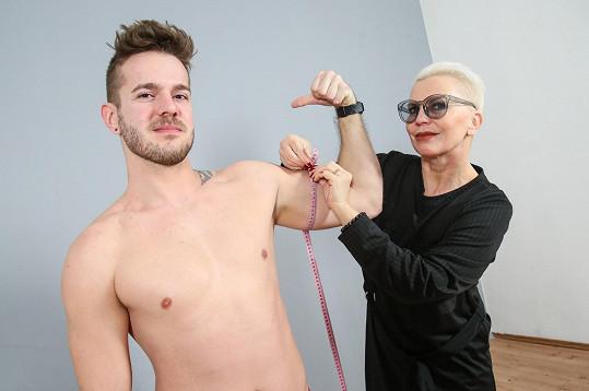 Kateřina Kornová pečlivě měřila, ale jen na svaly nehledí.