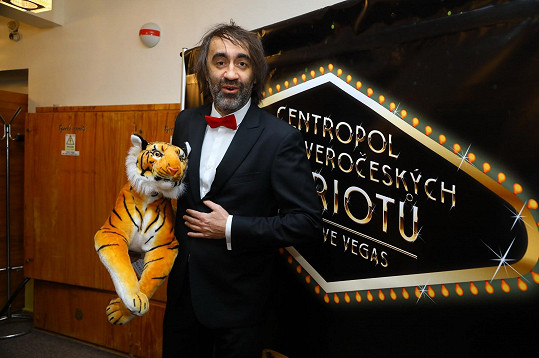 Ples moderoval Jakub Kohák.