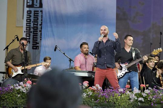 No Name v plné sestavě během koncertu na Velehradě