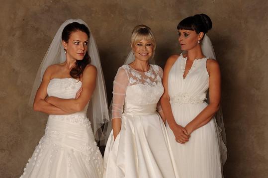 Tři nevěsty v akci: Švandová, Kerestešová a Lenka Vlasáková