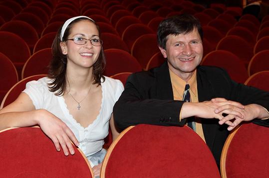 Kristýna s otcem a principálem v jednom Janem Hrušínským