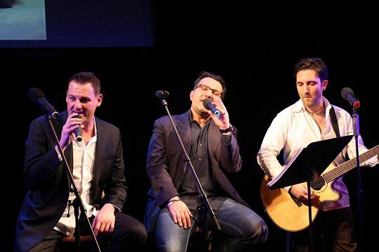 S Andreou Andreim (uprostřed) na jeho koncertu k čtyřicátinám
