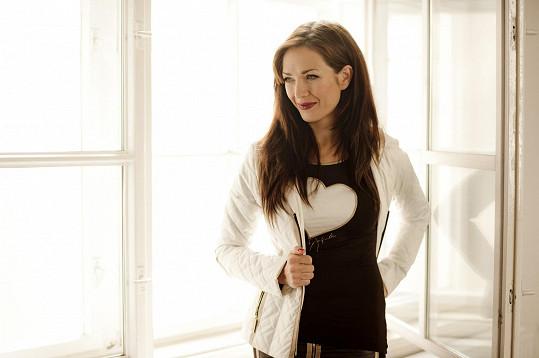 Tereza Kostková si chválila pohodlnější focení v teple.