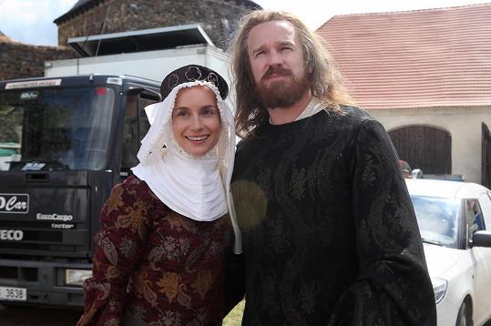 Hana Vagnerová a Stanislav Majer v televizním filmu Hlas pro římského krále