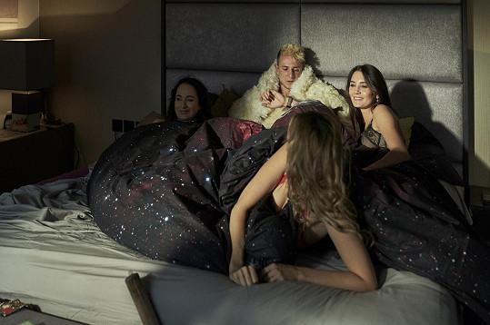Štáfek se dočká i postelových scén.