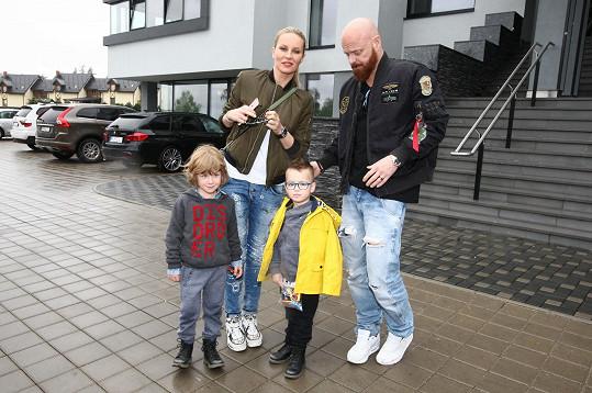 Rodina vyrazila na výlet ze Staré Lesné...