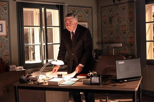 Miroslav Donutil ztvárnil v seriálu Doktor Martin hlavní roli Martina Elingera.