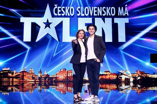 Nahradí slovenskou kolegyni Lujzu Garajovou a show bude provázet s Davidem Gránským.