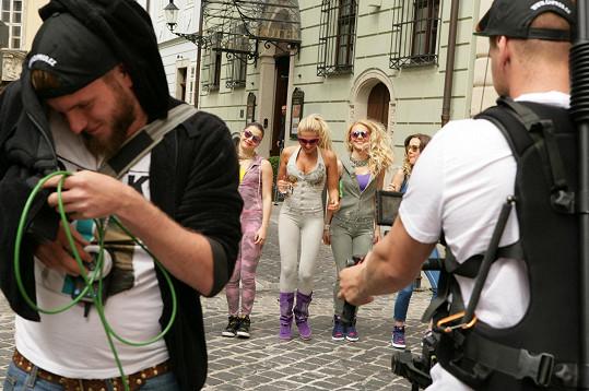 Natáčení v ulicích