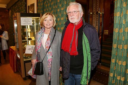 Jaromír Hanzlík s partnerkou Lenkou Kozlovou tvoří už deset let šťastný pár.