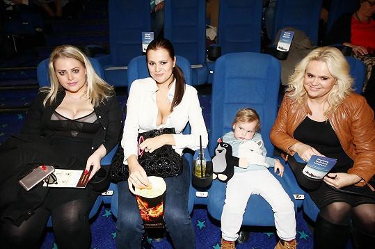 Monika Štiková s dcerami Ornellou a Charlottou a vnukem Quentinem.