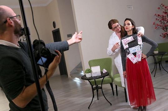 Míša při focení kalendáře pro soutěže Anděl mezi zdravotníky