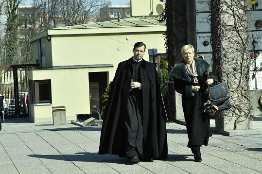 Kněz Jan Hejduk pronesl smuteční řeč.