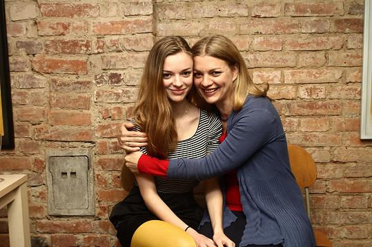 Bára Srncová s dcerou Emmou