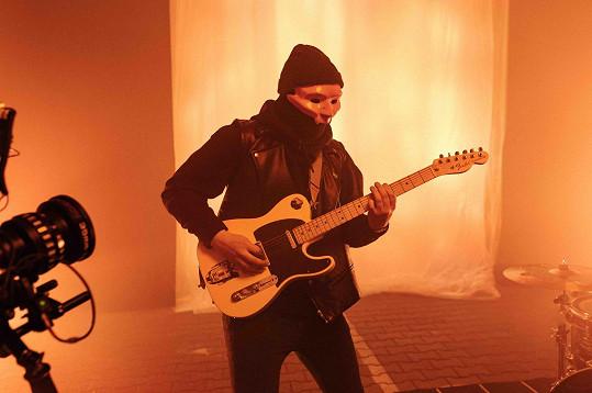 Auto písně fiedlerski měl song připravený od prvního lockdownu.