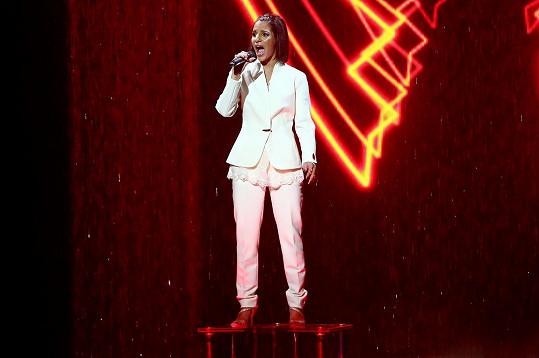 Gyongyi ve finále Talentu