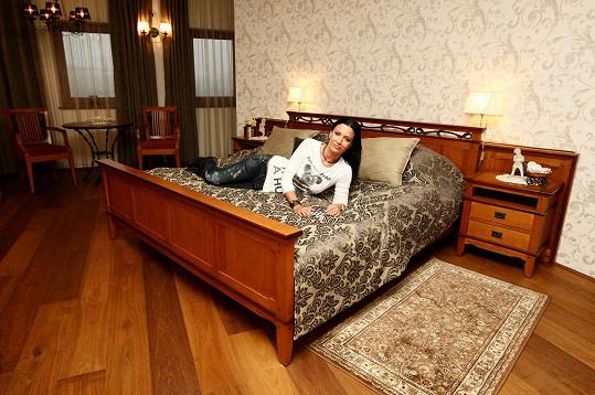 Gábina si užívala ve vinařství a spala v apartmánu za 15 tisíc na noc.