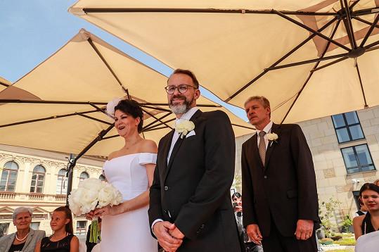 Táňa a Petr při svatebním obřadu