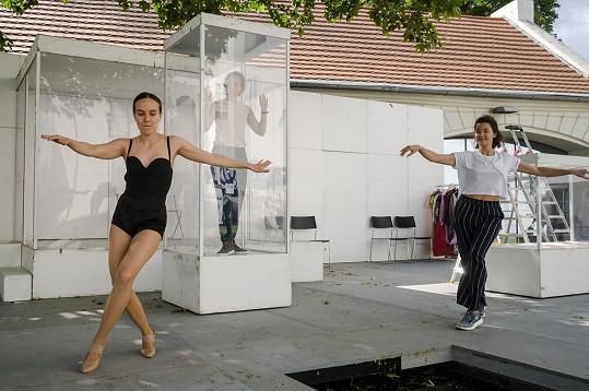 Tereza už pilně trénuje choreografie.