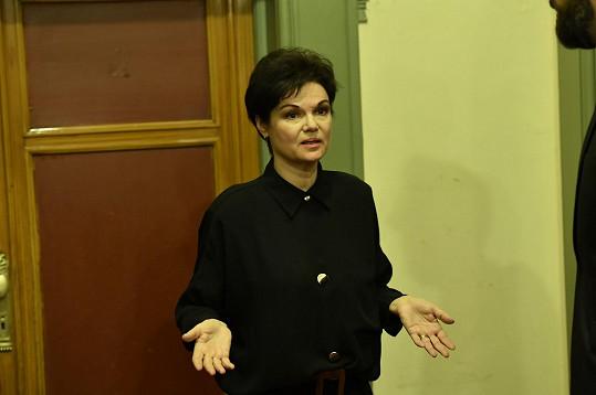 V Divadle na Vinohradech se objevila i herečka Simona Postlerová.