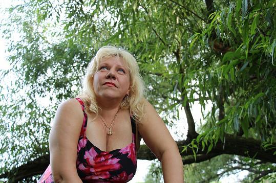 Marie Pojkarová se pózování v plavkách nebojí.