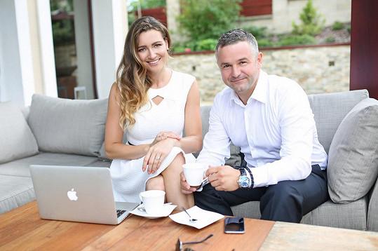 Eva se chopila vedení jediné národní soutěže krásy s partnerem Martinem Ditmarem.