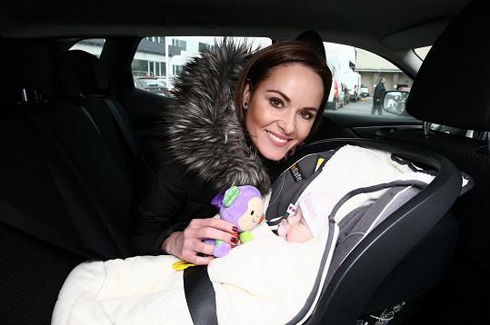 Renata Czadernová se pochlubila dcerou Adélou.