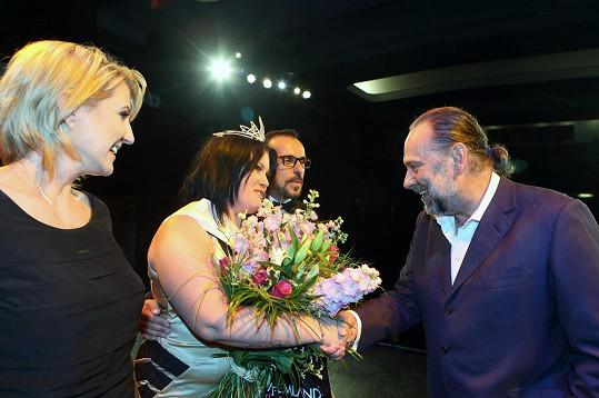 Pogratuloval jí předseda poroty Radek John.