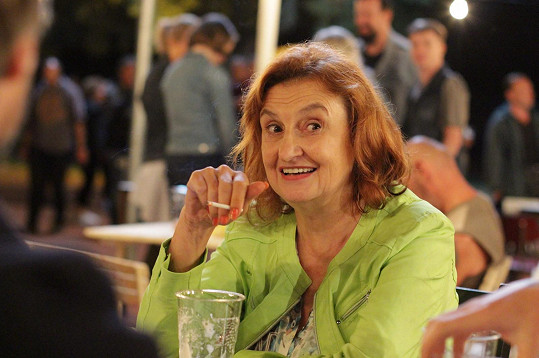 S Kleplem už po několikáté utvoří manželskou dvojici Eva Holubová.