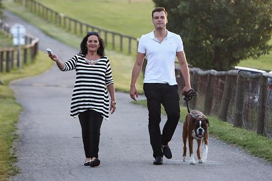 Hana Gregorová, která žije s mladším partnerem Ondřejem Koptíkem, si potrpí na vyzdobenou domácnost.