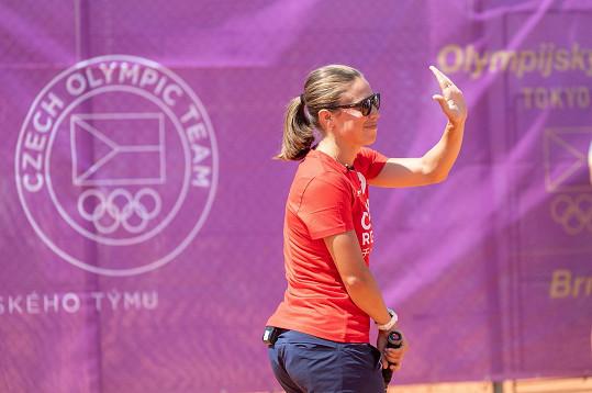 A náhoda tomu chtěla, že Eva na olympijském festivalu zaskočila za hokejistu Martina Nečase.
