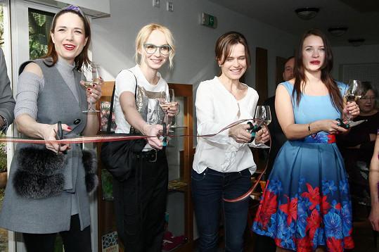 Patronkami letošní výstavy orchidejí jsou herečka a moderátorka Tereza Kostková, herečka Kristýna Leichtová, herečka Jana Plodková a sportovkyně Olga Šípková.