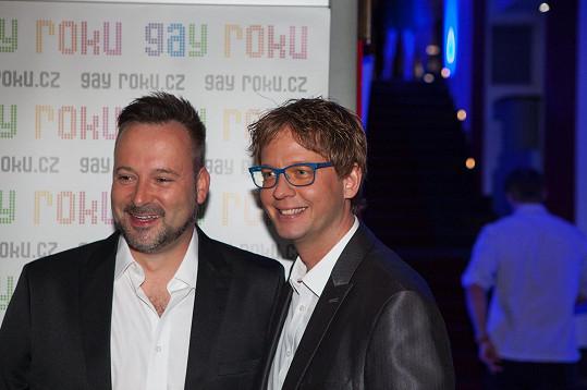 Aleš Cibulka dorazil na vyhlášení ankety Gay roku s partnerem Michalem Jagelkou.