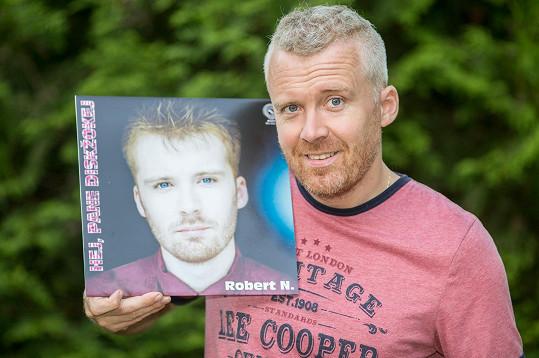 Robert N. nyní a na přebalu alba v dobách své slávy