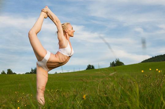 V roce 2006 dovezla tuto původní formu hatha jogy v teple do Prahy, kde v současné době vede dvě jediná studia Bikram Yoga Prague.