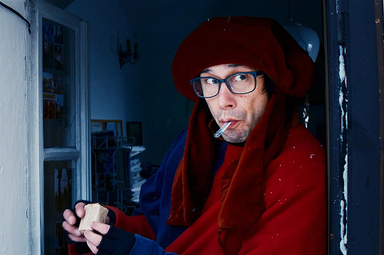 Pavel Liška v roli simulanta ve filmu Poslední aristokratka